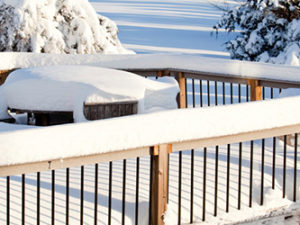 3 Steps to Preparing Your Deck For Winter