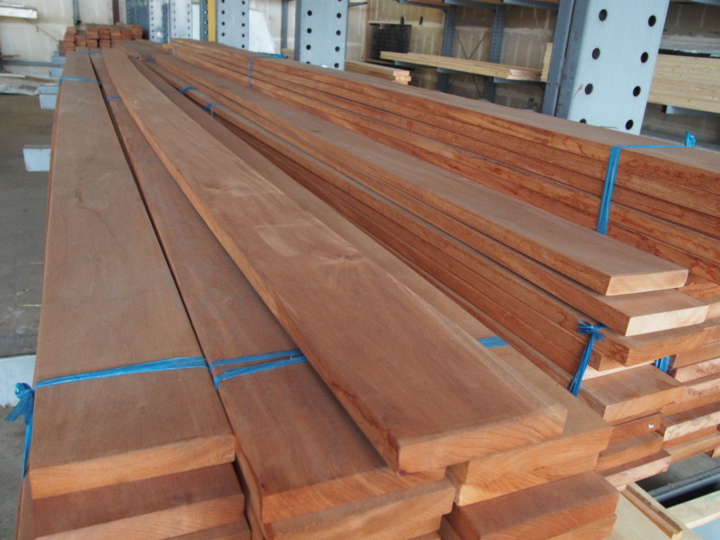 mahogany decking materials