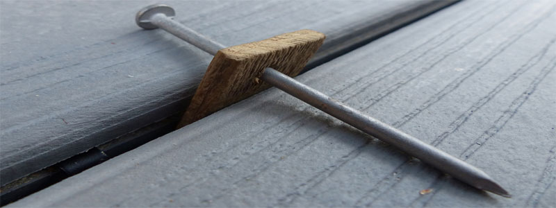nail spacer for deck boards