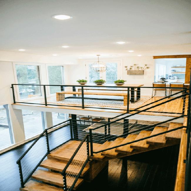 No solo para cubiertas: barandilla de cable se ve aún mejor en su hogar