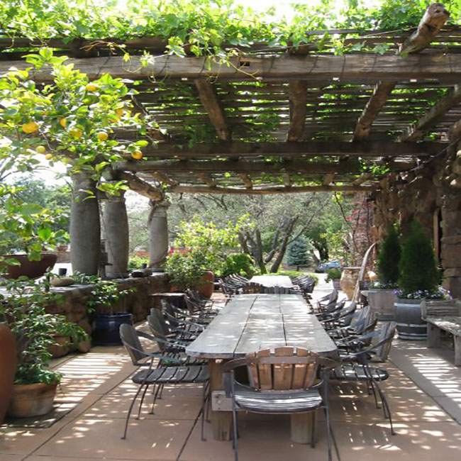 Magical ideas for outdoor dining under a pergola on a deck for Outdoor kitchen under pergola