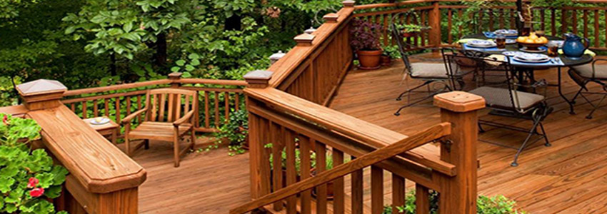 Cedar Deck vs. Pressure-Treated vs. Composite: Choosing The Right Deck
