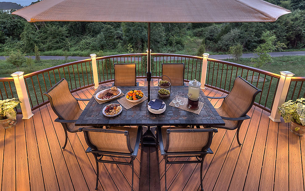 Turn Your Trex Deck into an Awesome Outdoor Dining Space
