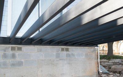 Por qué usar Fortress Steel Deck Framing