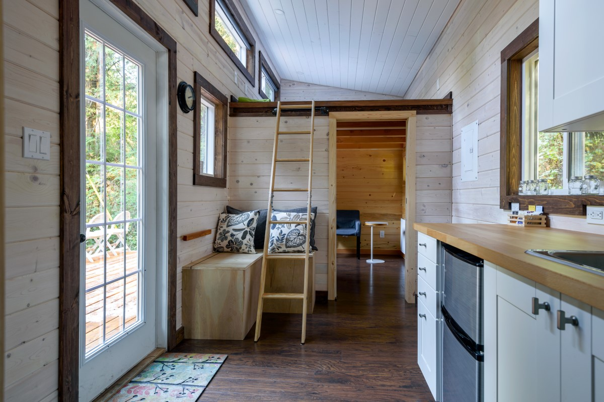 Decorate Your Tiny Home With Reclaimed Wood Rmfp Blog